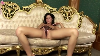 Lulu Is Typically A Perverted Blond Having Fun A Large Glassed Dildo