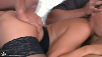 Two Different Fortunate Dudes Bang Christen Courtney'S Ass And Lips
