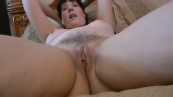 Mature Partner For Me May Spread Her Both Legs Wide And Uncovers Her Cunny