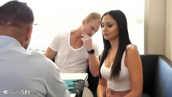 Hot Ariana Marie Seduced For The Restaurant And Started For Getting A Mess