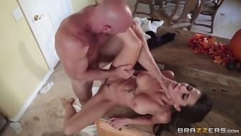Major Titted Madison Ivy Gets Powdered By Johnny Sins