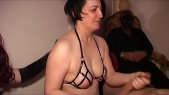 Mature Intercourse Cash Source Will Work Anything As A Result Of His Perverted Mistress