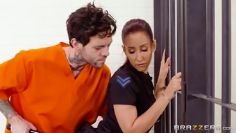 Cop Isis Completely Love Got Her Great Titties Worshipped From The Prisoner