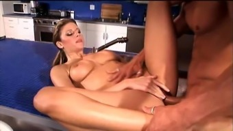 Small Tits Gianna Michaels Generating Legs Simultaneously Having Her Pussy Licked
