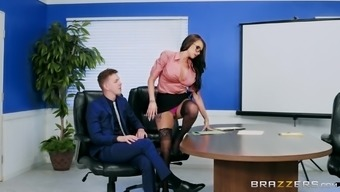 Place Of Work Hooker Raven Arm'S Length Will Get A Junk Of Their Co-Worker Among The Ass