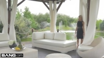 Glamkore - Dame Gina Gerson In Luxurious Dp Sitting To Really Orgasm