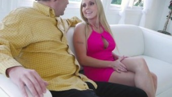 Familystrokes - Hooked By My Heated Gold-Digging Step-Mom
