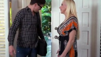 Action Dad Fucks Friend'S Female Child Each And Every Time Mom Causes And Zoey Holloway
