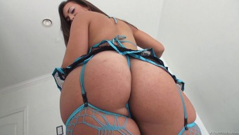 A Curvy Sweetheart Utilizing A Big Booty Gets Stupid Ass Fucked