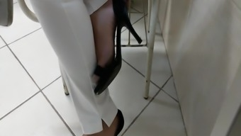 Community College Date Feet And Feet In High Heels