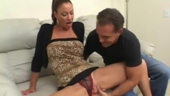 Youngster Missy Gets Analed Challenging By The Assistance Of Milf Vanessa
