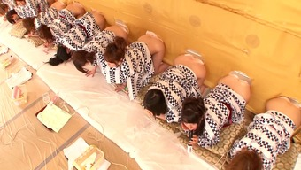 A Natural Environment Japanese People The Real World Show With Several Sizzling, Bare Chicks