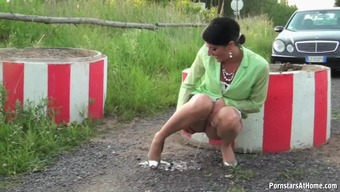 Kinky Celine Needs A Pee And Blows Big Very Difficult Dong
