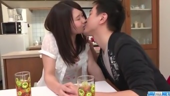 Sanae Akino Blows Hubby Before Going To Accomplish The Task