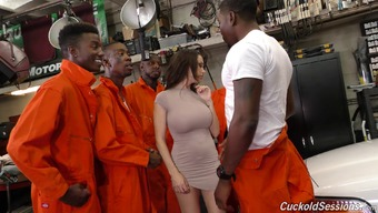 Paramount The Supervised Prisoners As Well As Having The Law Enforcers Will Deliver Her A Very Good Thumping!