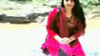 Cute And Sexy Beginner Pakistani Partner Undresses On Cam
