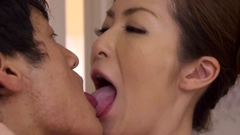 Lovely Japanese Milf Take Pleasure In Getting Her Pussy Touched
