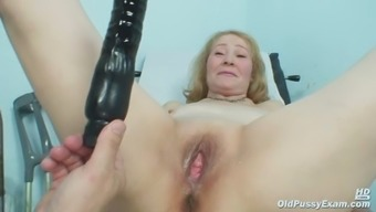 Gyno Doctor Speculum Tests Remarkably Old Mature Pussy Sofie