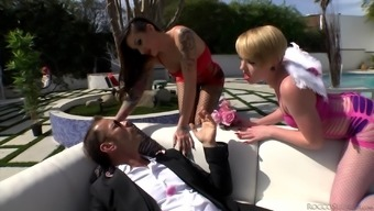 Outside Threeway With Alby Rydes, Miley May And Rocco Siffredi