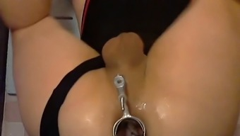 Speculum Gaping His Booty Available For Many Trial And Error