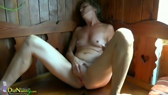 Mature Girl Vendi Acts Back With Her Pussy Within The Sauna