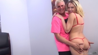Pussy Drilling By Using Cumshot With The Use Of Kagney Linn Karter And Porno Dan