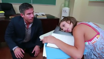 Reserve Luke-Warm Presley Hart Gives A Move To Her Institution Teacher
