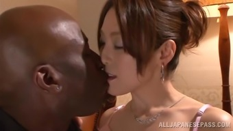 Japanese People Hussy Gets Her Pussy Stroked And Torn Up By The Exemplary Hunk