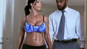 Raven Haired Lusty Milf By Using Big Silicon Bowls Gives A Head To Inimitable Guy In Bath