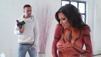 Splendid Milf Delights Along With Raise During Sexy Photograph Filming
