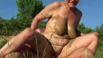 Senior Novice Granny Gets Fucked Silly In A Messy Outside Foursome Behavior