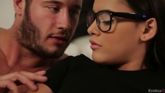 Beautiful Young Adult In Eyeglasses Getting Her Beaver Hammered Extreme In Bed