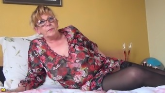 Great Sagging Boobs Mature Baby On Your Bed Satisfying Her Pussy