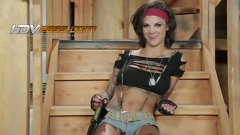 Gorgeous Milf Missy Dylan Ryder Results In Letting Apprentice Fuck Her