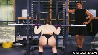 Large Stupid Ass Fitness Center Gal Mandy Muse Anus Fucked After Leg Squats