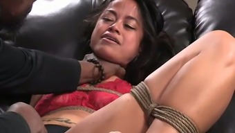 Mordant Bdsm Hunk Gives Challenging Main Fuck Tutorial To Actually Sure Attractive Hen Chillycarlita Who Sits On A Leather-Based Tub Chair Bed