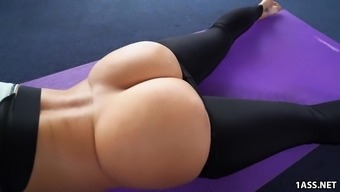 Great Round Ass Jada Stevens Normally Takes Big Penis After This Type Of Fitness