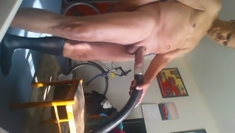 Making Out Vacuum Cleaner