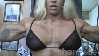 Sexy Black Girl Musclebuilder In Look At Through Top Notch Works Out