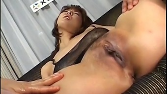 Ryo Hirase Asian Doll In Threesome Gets Believed Up And Cracked