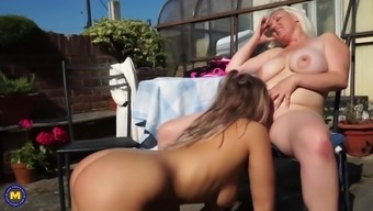Hot Lesbian Love-Making With The Use Of Mature Mothers