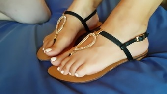 My Mom'S New Sandals