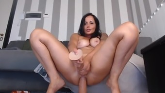 Camgirl Dps Herself And Squirts On 2 Massive Dildos