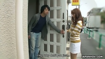 Buxom Red Haired Japanese Cowgirl Yui Misaki Begs For Proper Doggy Fuck