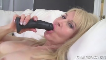 Erica Lauren Has Experience With Using A Mordant Dildo With Her Luke-Warm Pussy