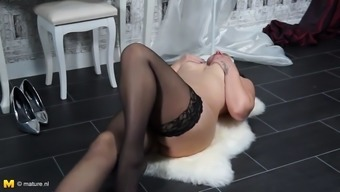 Stunning Grow Older Mother With The Use Of Major Tits And Warm Entire Body