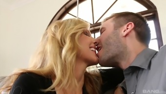 Busty Julia Ann Hopping On Any Throbbing Wiener And Moaning