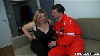 Doggy-Fuck For Big Boobs Chunky Blond
