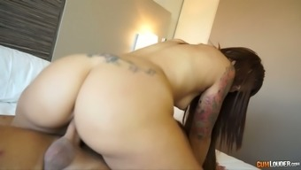 Spicy Hot Nympho In High Heel Shoes Excursions Her Bf'S Manhood In Cowgirl Situation