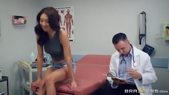 Kara Faux Likes Her Medical Professional To Accept A Extremely Excellent Care Of The Pussy